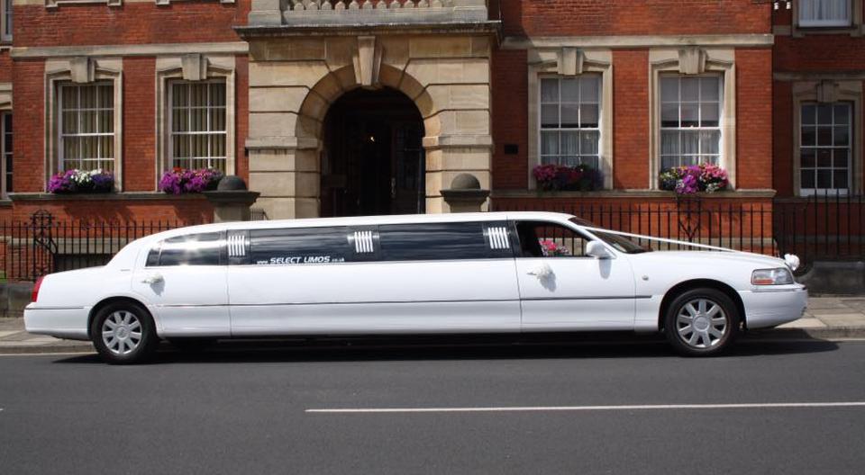 Select Limos wedding limousine for 8 passenger limousine