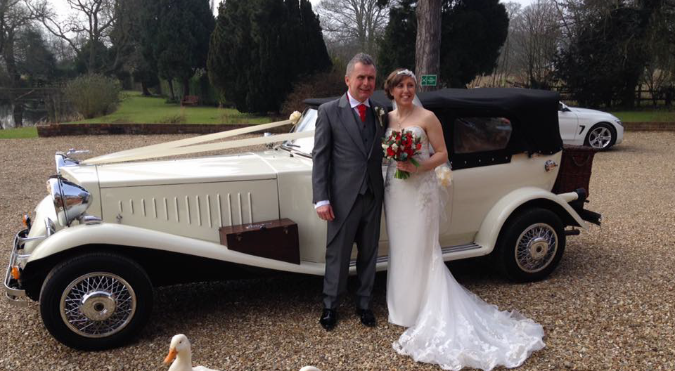 Select Limos Vintage wedding Car
