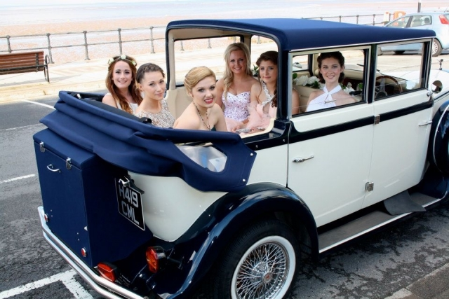 Select LimosHarriet our 6 passenger 1920 style classic prom and wedding car