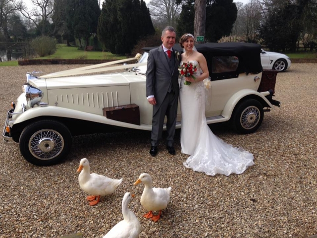Select Limos Beau our ivory 1930's style car