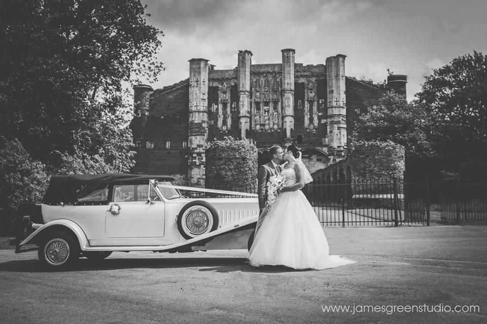Select limos white 1930's style Beauford wedding car Bella