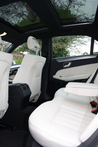 Select Limos executive Mercedes