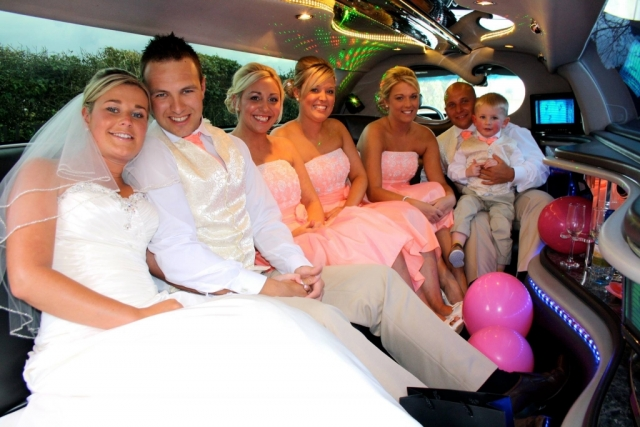 Select Limos prom and wedding limo 8 passenger limousine